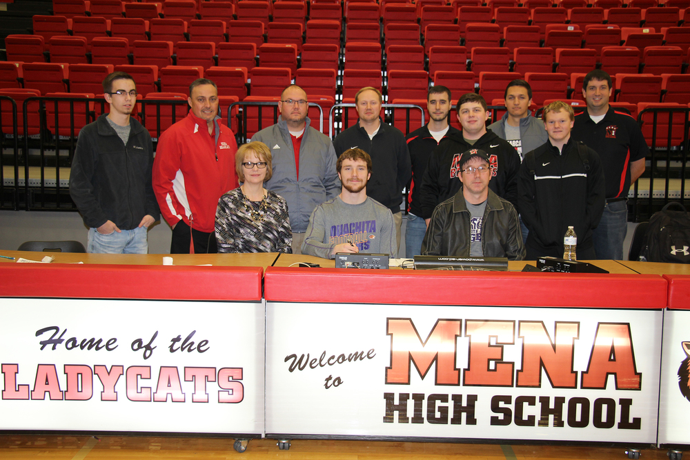 Dean Signs Letter of Intent with OBU
