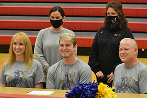 Blake Castor Signs With SAU !